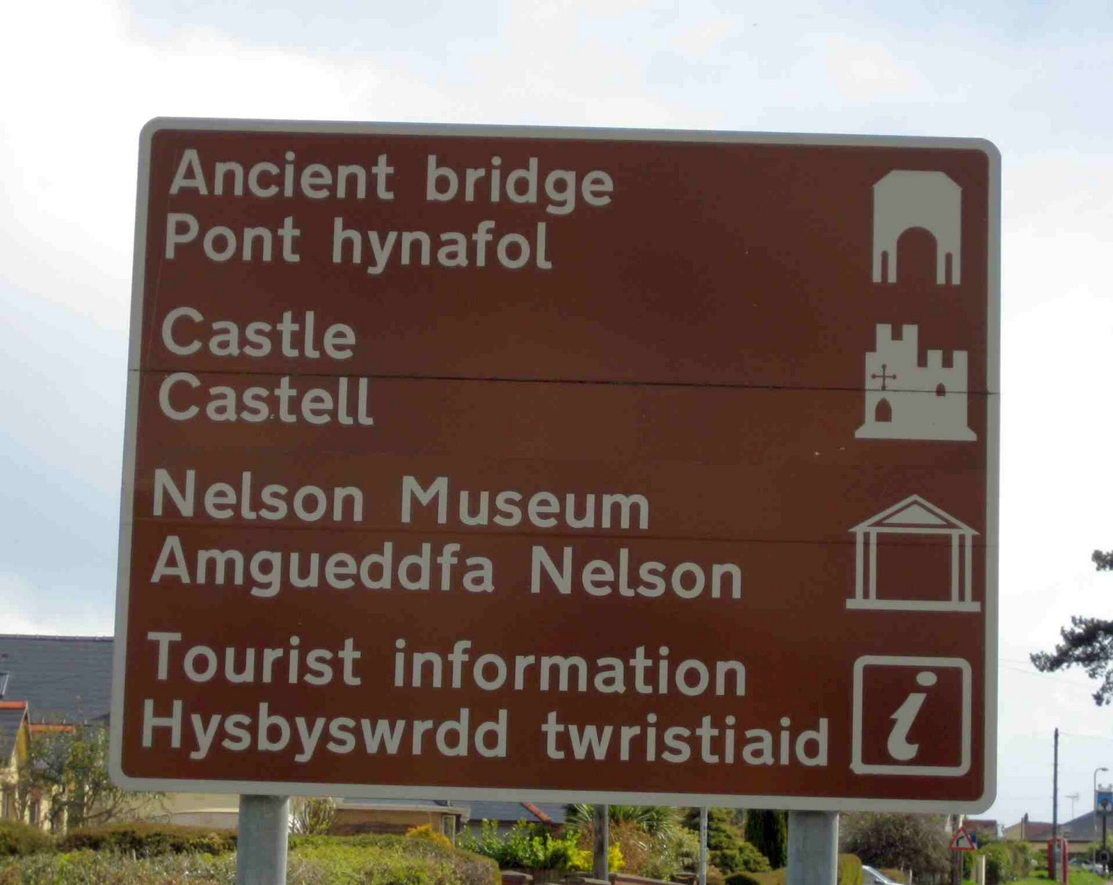Application-for-Welsh-Tourist-Sign-Made-Simpler2.jpg