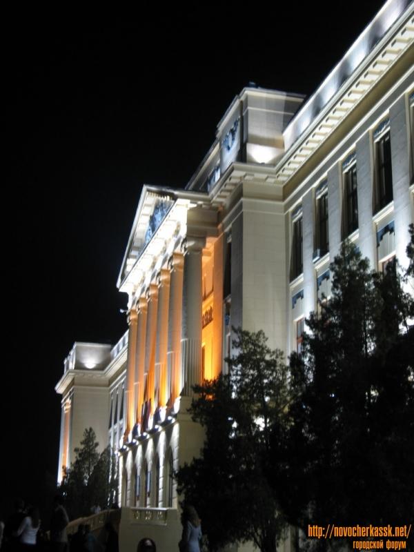 Подсветка главного корпуса ЮРГТУ (НПИ)