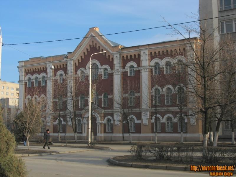Здание духовной семинарии
