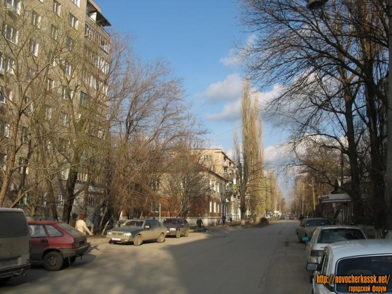 Народная, от 26 Бакинских комиссаров