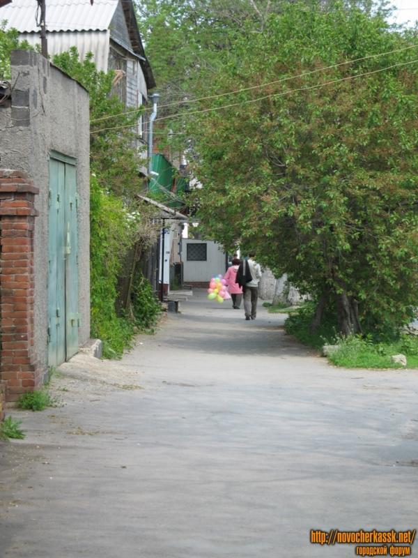 Улица Энгельса в сторону Баклановского проспекта