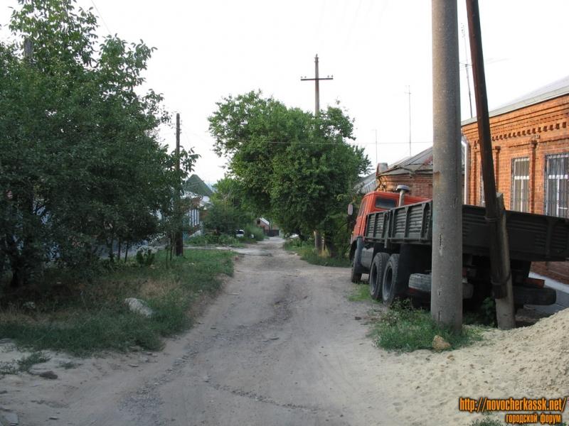 Переулок Мирный в сторону Буденновской