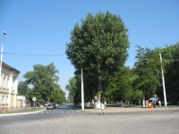 Вид на проспект Ермака с одноименной площади