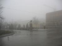 Памятник Платову на коне в тумане