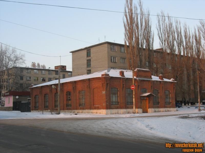 Воскресная школа храма, угол Троицкой и Первомайской