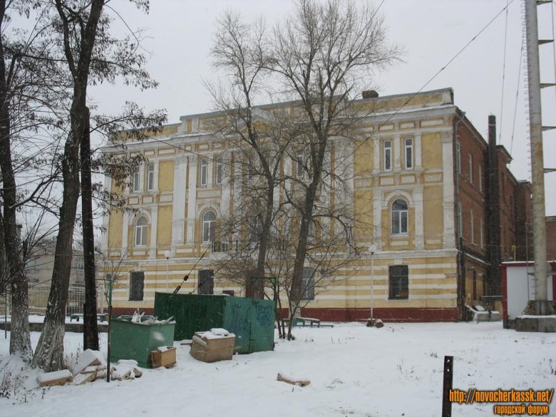 Здание автотранспортного колледжа, Александровская улица