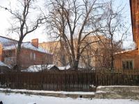 Ограда двора, Троицкая улица