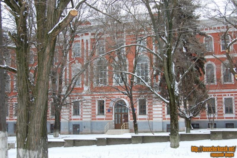 Корпус НГМА (НИМИ) на Платовском проспекте