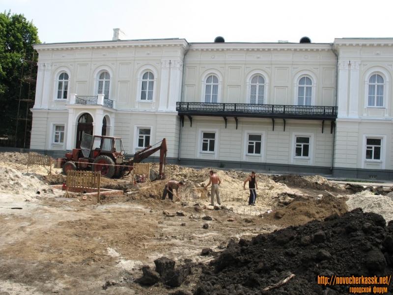 Создание парка перед Атаманским дворцом, 2005