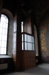 Двери часов на соборе