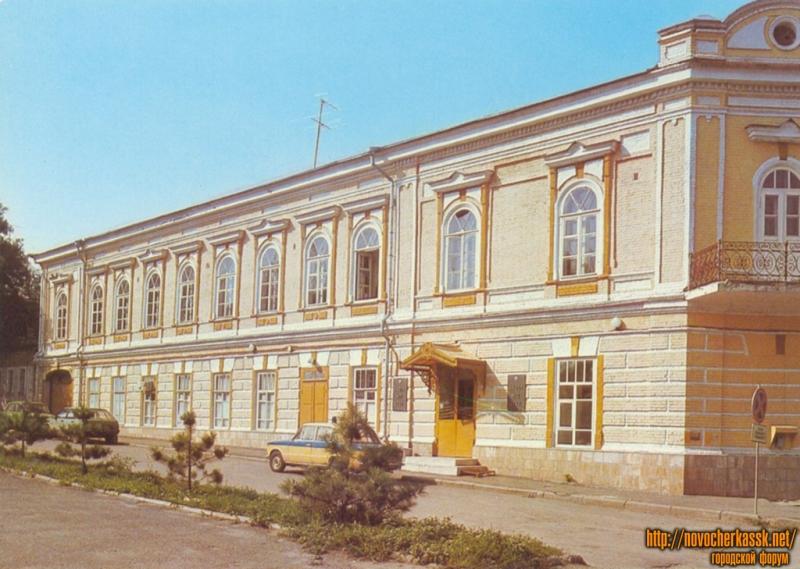 Училище МВД, Пушкинская/Платовский