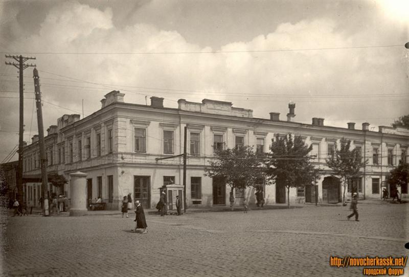 Пересечение Московской и Платовского