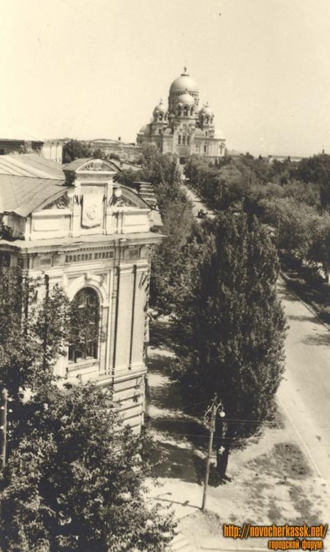 Проспект Платовский, музей донского казачества и собор
