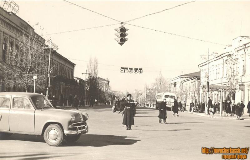 Московская улица, вид с Платовского