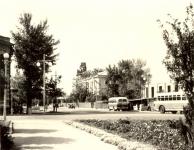 Вид с пл. Троицкой на Московскую