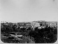 Вид на Дворцовую улицу с месторасположения современного универмага.