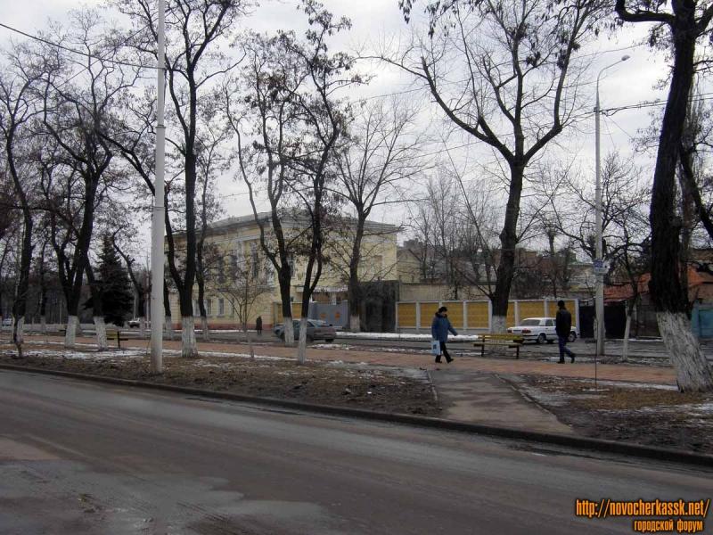 КПП военной части на пл. Троицкой/пр. Ермака