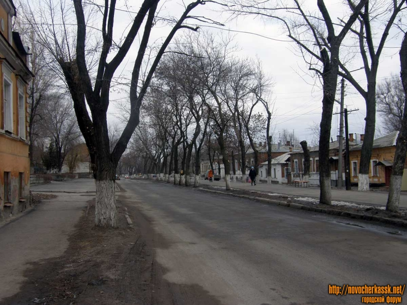 Александровская около 17 школы