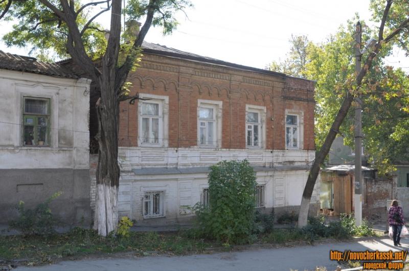 Платовский, 111