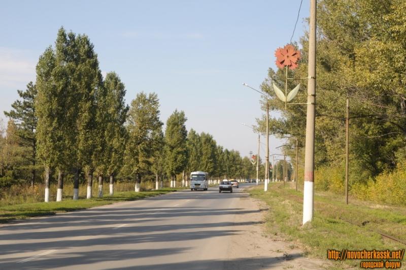 Дорога вдоль Соцгорода на север