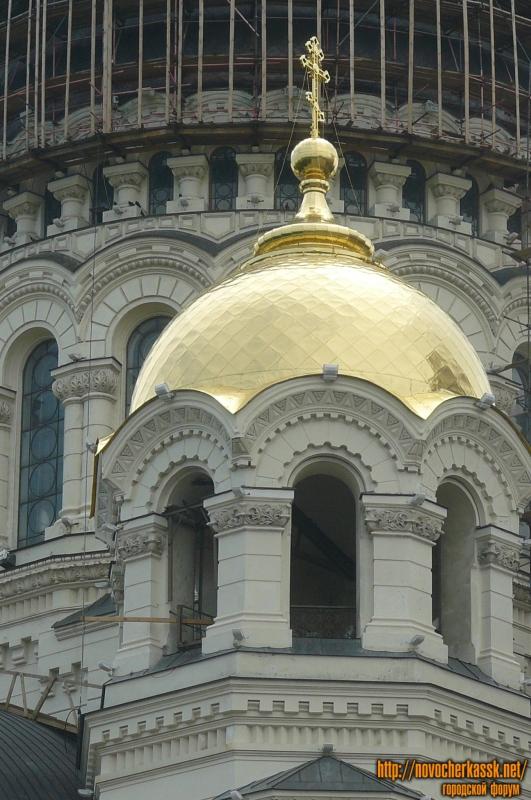 Позолоченный купол Собора в Новочеркасске