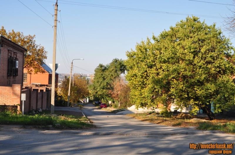 Вид на Островского вниз с ул. Буденновской