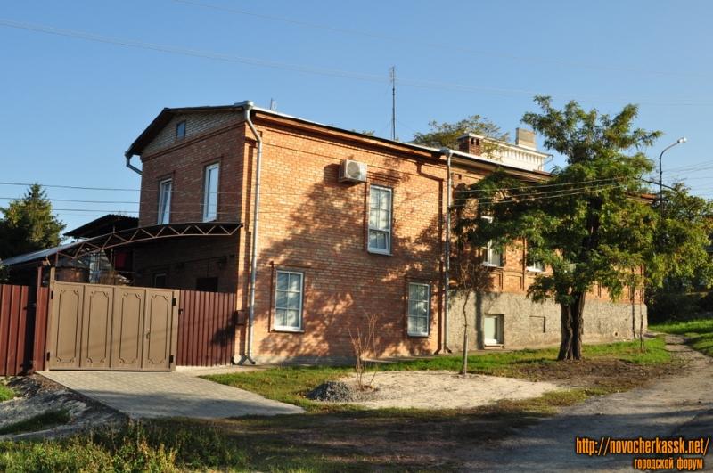 Криничный переулок, 2. Пересечение с Буденновской