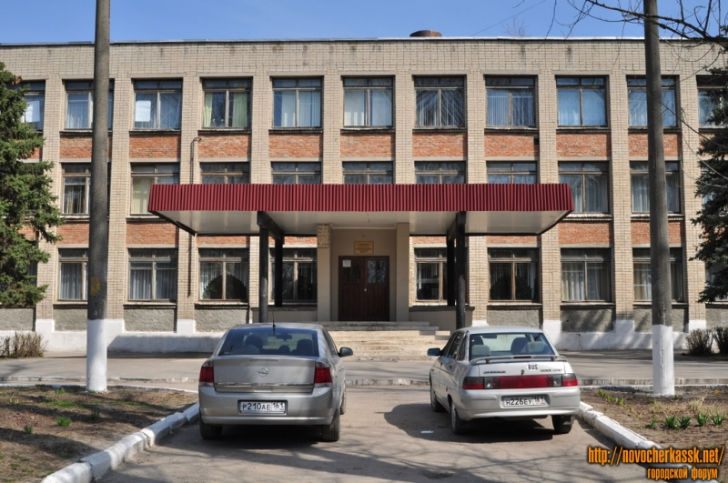 Школа №7. Баклановский пр., 136