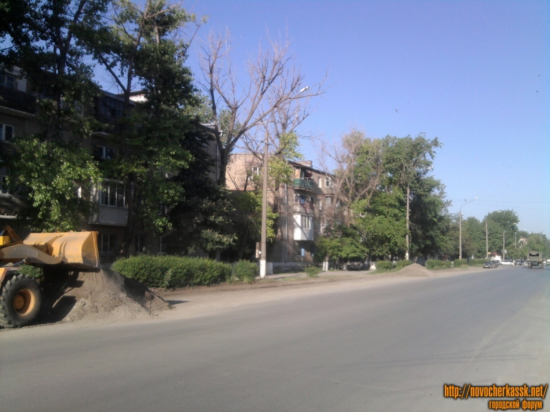 Уборка грязи с обочин, ул. Буденновская