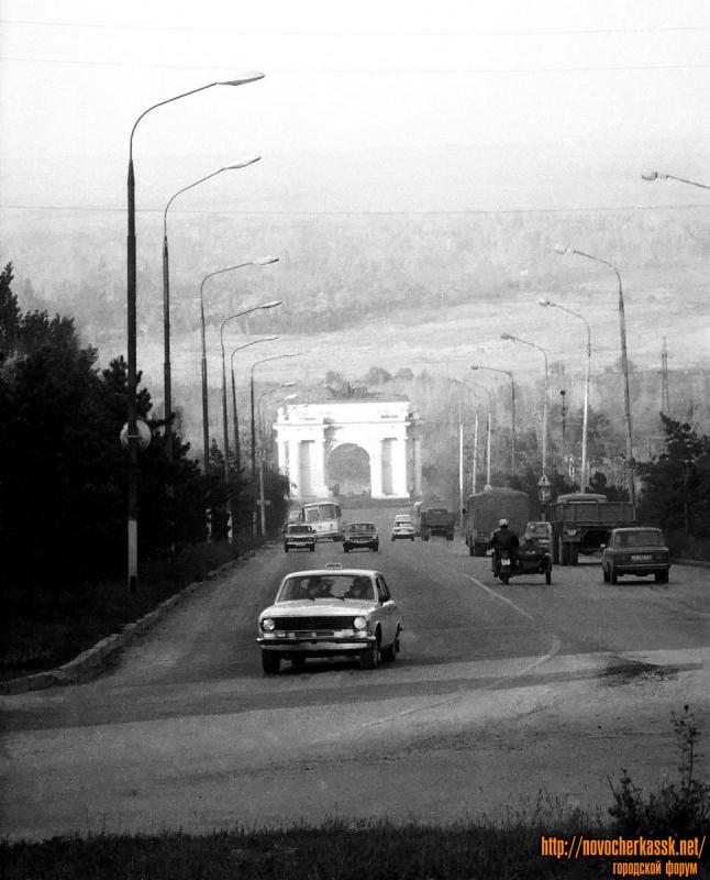 Сп. Герцена. Вид с пл. Троицкой. 11 октября 1990 г.