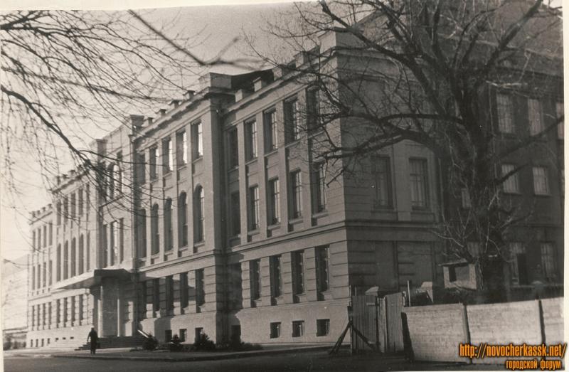 Ул. Атаманская (Советская). Театр. Март 1969 г