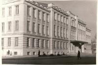 Угол Платовского и Атаманской. Театр. Март 1969 г.