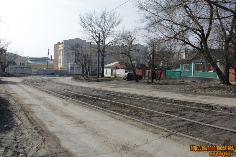 Пересечение ул. Троицкой и Г. Петровой