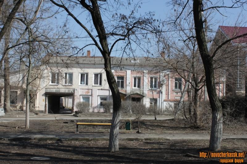 Дом на площади Левски, 19