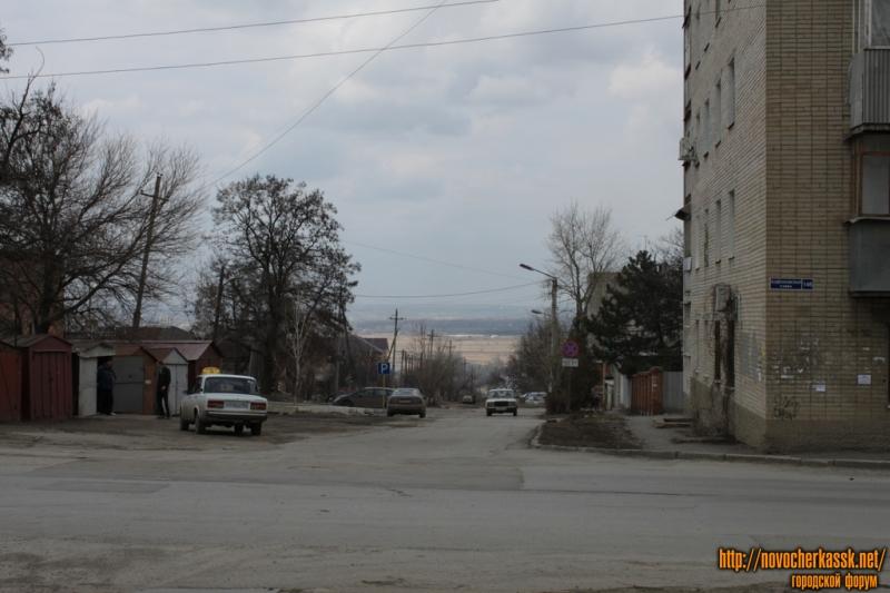 Вид на улицу Ларина с ул. Буденновской