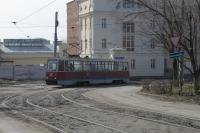 Трамвай на перекрестке Троицкой и Г. Петровой