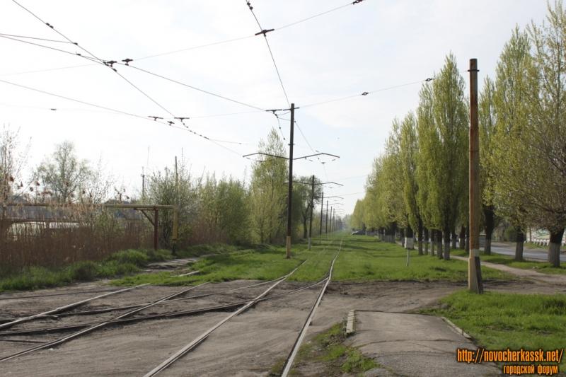 Трамвайный разворот на пересечении улицы Трамвайной и Войкова. Вид в сторону города