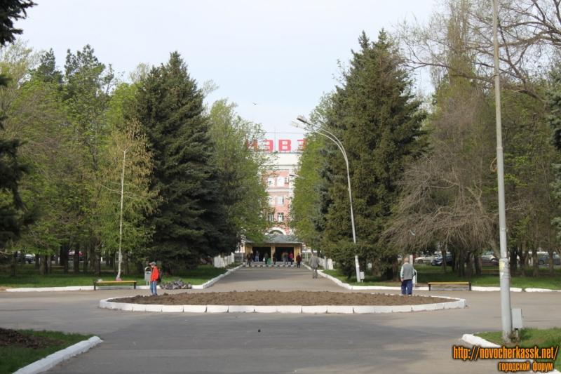 Парк ДК НЭВЗ. ул. Гвардейская