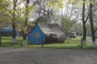Хотунок, территория церкви