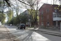 Улица Комарова. Вид с ул. Гвардейской