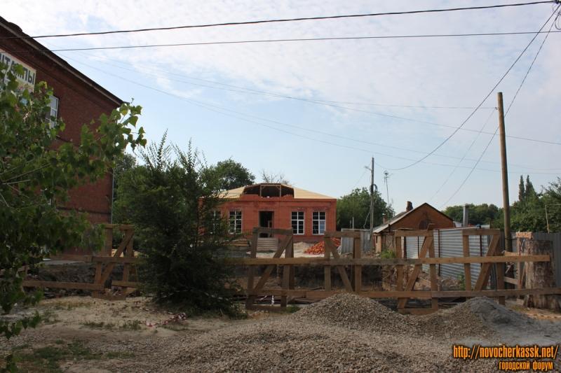 Ул Просвещения, 79. Строительство дома