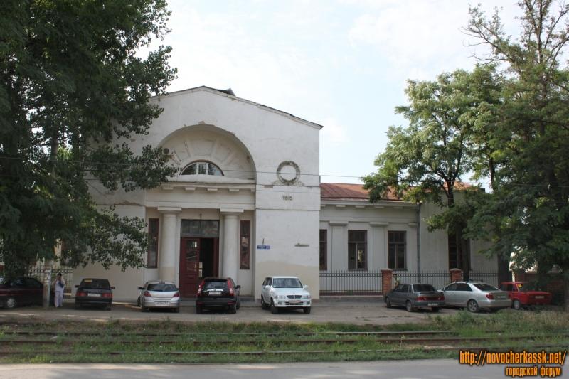 Угол улицы Троицкой и Богдана Хмельницкого. Вид с Троицкой