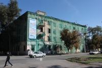 Угол Баклановского и Островского. Бывшее общежитие