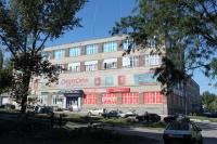 Угол Народной и Крылова. Торговый центр Фея