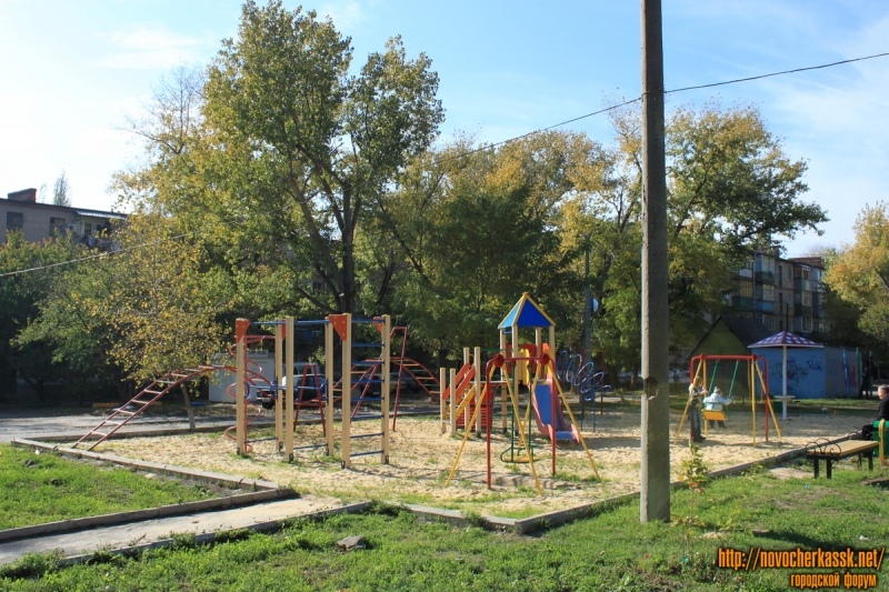 Детская площадка на Черемушках