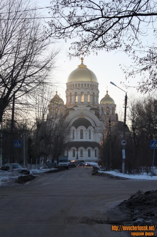 пр. Платовский. Вид на собор