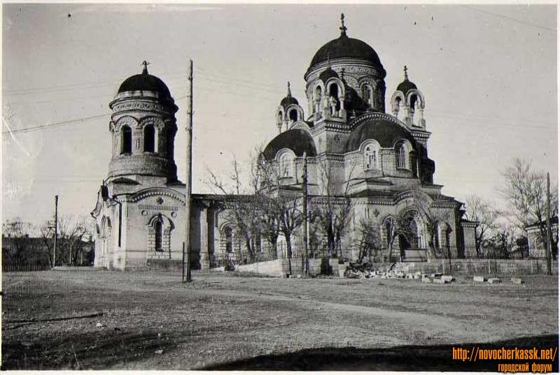 Александро-Невский храм, улица Александровская