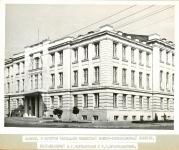 Здание, в котором находился областной военно-революционный комитет (здание театра)