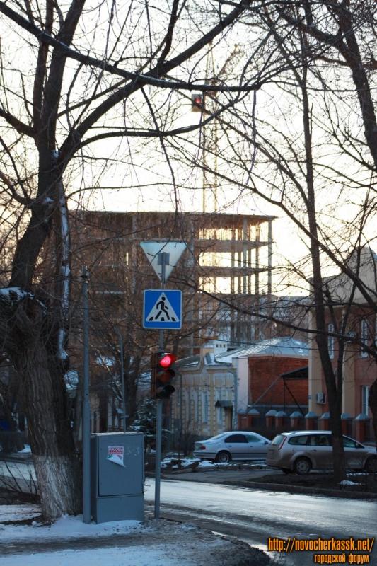 Улица Просвещения. Вид с пр. Ермака в сторону Московской