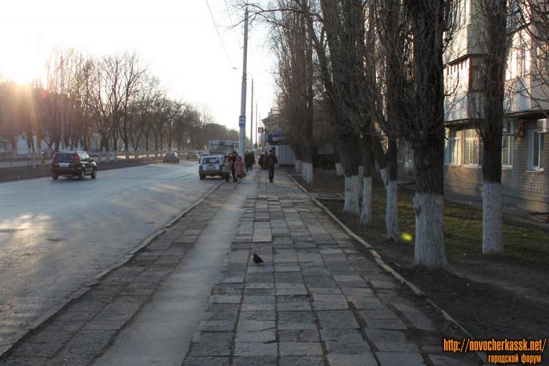 Баклановский проспект вдоль дома номер 64